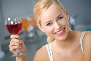 woman-drinking-red-wine-horiz